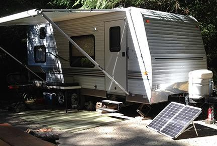 go_power_portable_solar_kit_installation_rv